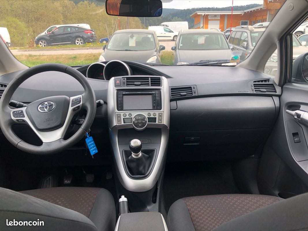 Toyota Verso 1.6 VVT-i 132cv Skyview 7 Places